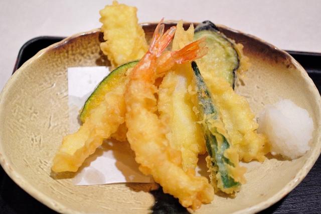 丸亀製麺のおすすめ天ぷらランキング!TOP3は納得のあの天ぷら!
